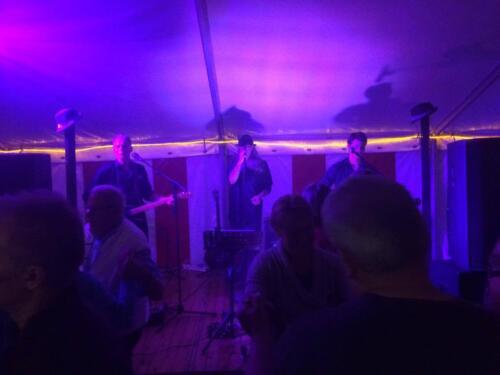 KMJband spiller dansemusik